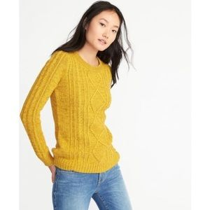 Old Navy Gold Classic Cable Knit Crewneck Sweater